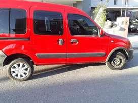 KANGOO -  7 asientos - GNC - A/AC - Modelo 2012