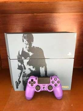 Play Station 4 EDICION LIMITADA Uncharted 4 con caja original y juego Uncharted 4