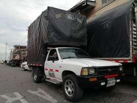 Venta de camioneta estacas