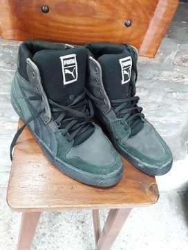 Zapatillas botitas originales talle 43/44 usadas ituzaingo