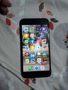 Vendo Iphone 7 plus de 128 GB color negro con audifonos y cargador originales