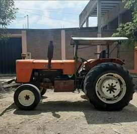 Vendo tractor Fiat 900