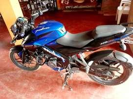 Moto Pulzar 160