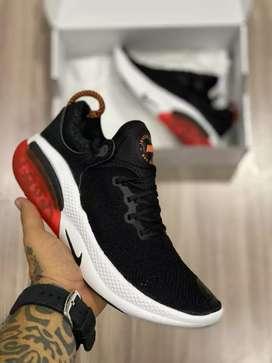 Nike Dama y Hombre 67.