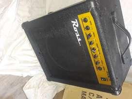Amplificador para Bajo - Ross Crimson B35 35watts 2 Entradas