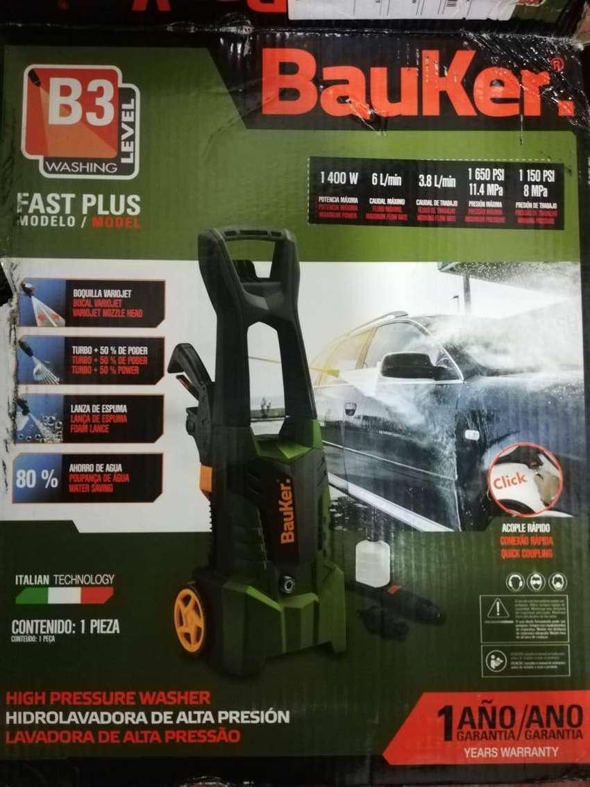 Se vende Hidrolavadora Bauker 0
