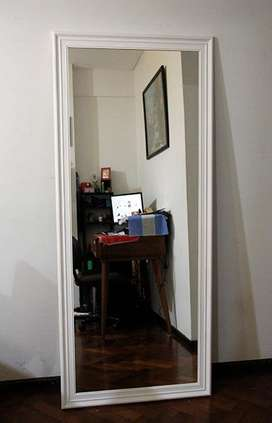 Espejo con Marco Moldura1.75x75