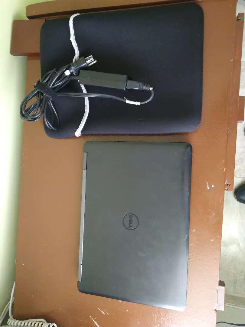 Usado Dell Latitude Equipo corporativo I5 4en Ram 500 DD 0