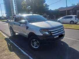 Vendo urgente o permuto ford ranger 2013 2.2  4x2 impecable