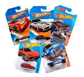 Hot Wheels Básicos Hotwheels Mattel X5 Carros