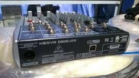 Consola Behringer Xenyx Q802Usb como nueva