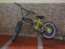 Bici croos para niño, freno disco excelente estado