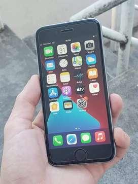 iPHONE 6S 32GB $22.000 libre de todo ×el wifi no le funciona×