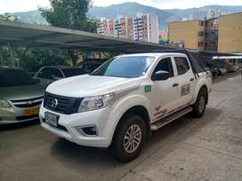 Se vende camioneta Nissan frontier pública
