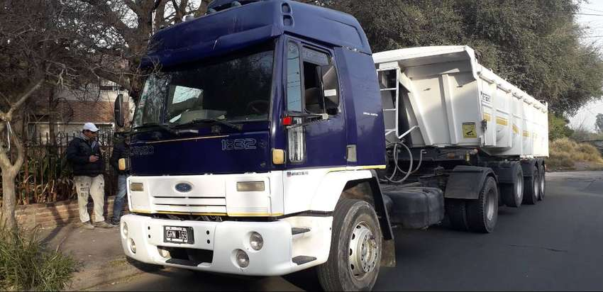 Camion tractor 0
