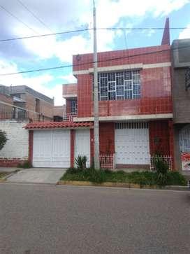 Alquiler de casa de 160m2 - Siglo XX El Tambo Huancayo