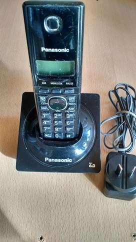 Teléfono inalámbrico Panasonic .