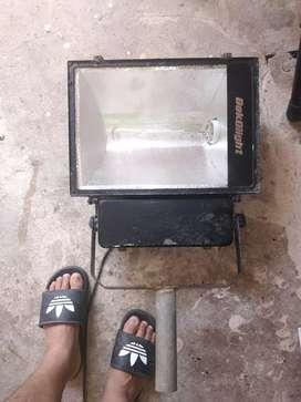 Vendo Reflector de 220 woltios