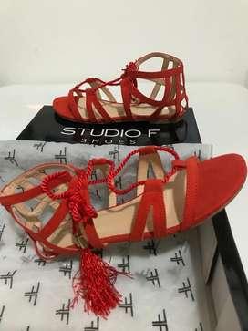 Sandalias rojas studio F, talla 36