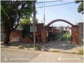 ALQUILA: Dpto 1 Dormitorio con Patio y Cochera / Complejo Cerrado / Zona Sur
