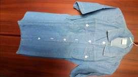 Camisa de jeans Nueva, mangas cortas