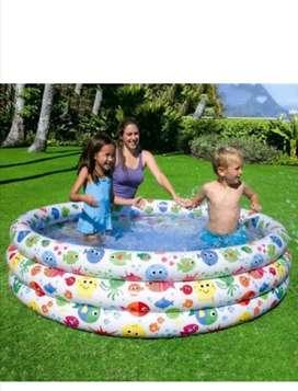 Piscina inflable para niños en promoción