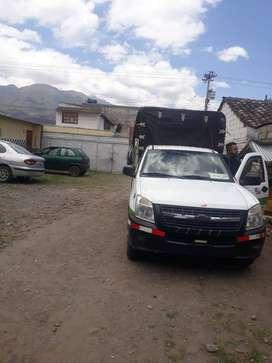 Vendo camioneta dmax 2.5 diesel año 2009 con acciones y derechos de cooperativa de camionetas de Otavalo