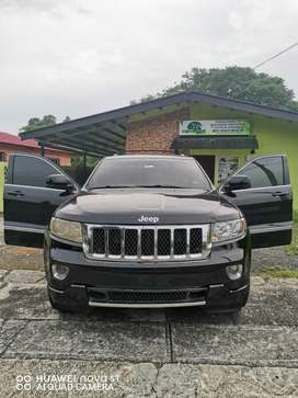 Jeep cherokee 2011 a $11,500 negociable