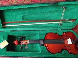 Violin 4/4 color natural con estuche