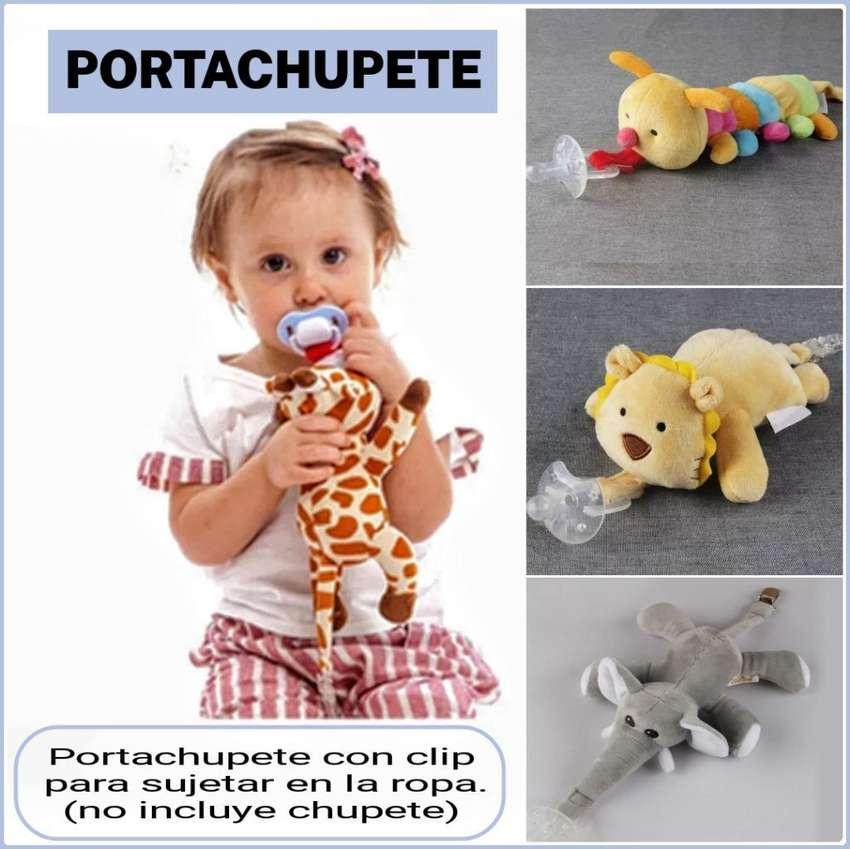Portachupetes Peluche con Broche 0
