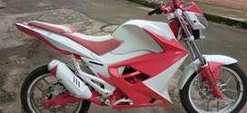 Hermosa moto personalizada
