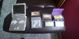 Vendo gameboy advance SP + 6 casettes
