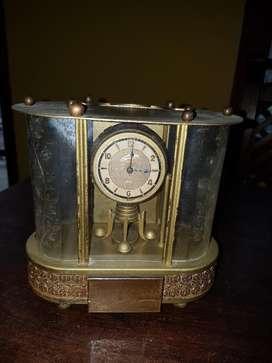 Reloj Aleman con Caja Musical
