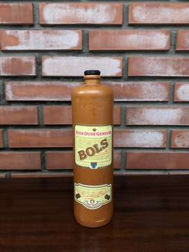 Botella de Ginebra Bols antigua. 1 Litro