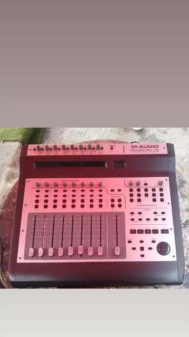 M-Audio Project Mix