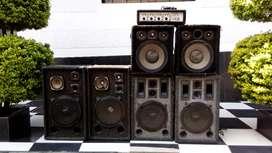 Planta Amplificador y 4 parlantes