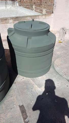 Tanque de Agua de 400 Litros Marca Tinac