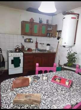 inmobiliaria manassero vende, ph a reciclar, 2 dormitorios, cocina comedor, baño, patio