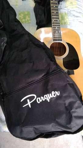 Guitarra acústica Parquer