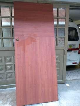 Vendo puerta entamborada, medidas,223cmx90cm