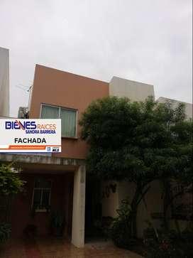 De venta en Ciudad Verde Segunda Etapa linda casa Modelo Crisantemo, patio amplio, no adosada