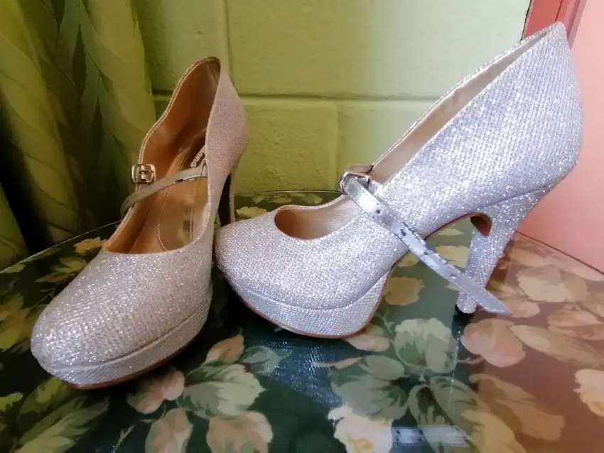 Zapatos de mujer tacones altos 0
