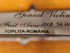 Vendo Violín Rumano,muy poco uso