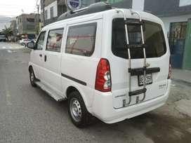 Por motivo de viaje se oferta minivan seminuevo full