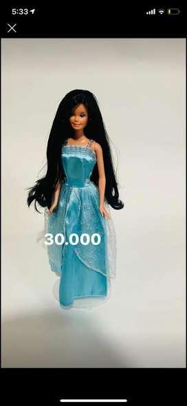 Barbie cabello negro
