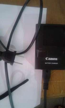 Camara marca Canon, con poco tiempo de uso