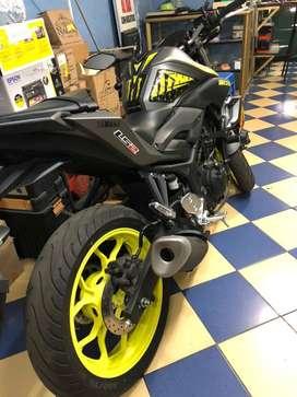 Moto yamaha mt03 casi nueva