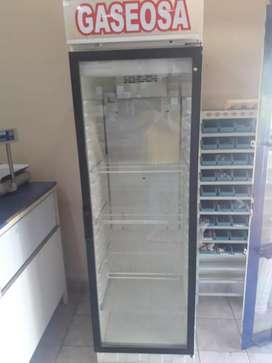 Refrigeración Aníbal vende exibidora usada