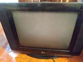 Se vende televisor LG Ultra Slim economico