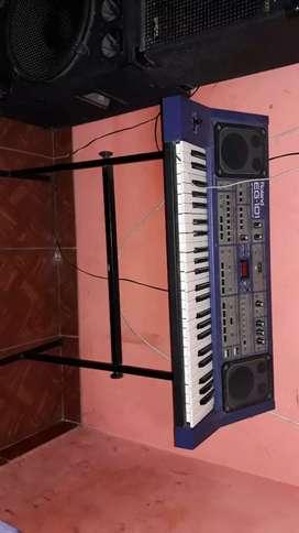 Roland Eg101 sintetizador